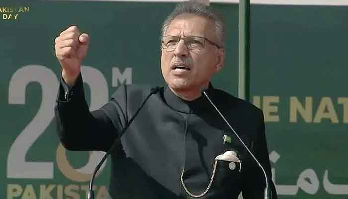 'Pakistan stands with Kashmir,' President Arif Alvi affirms in Pakistan Day parade