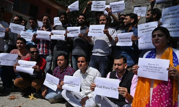 'Not allowed to travel abroad': J-K govt puts 22 journalists on lookout circular